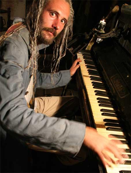 Gandalf piano